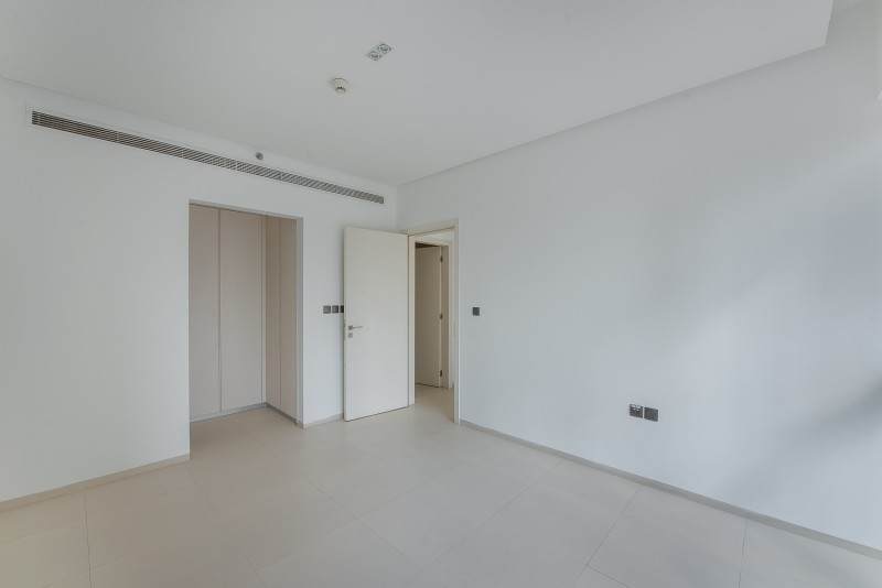 1 Bedroom Apartment For Sale in  West Avenue Tower,  Dubai Marina   5