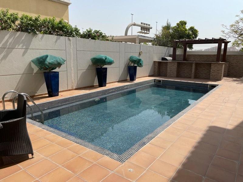 5 Bedroom Villa For Rent in  Legacy,  Jumeirah Park | 1