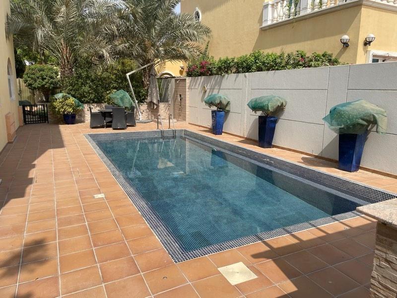 5 Bedroom Villa For Rent in  Legacy,  Jumeirah Park | 2