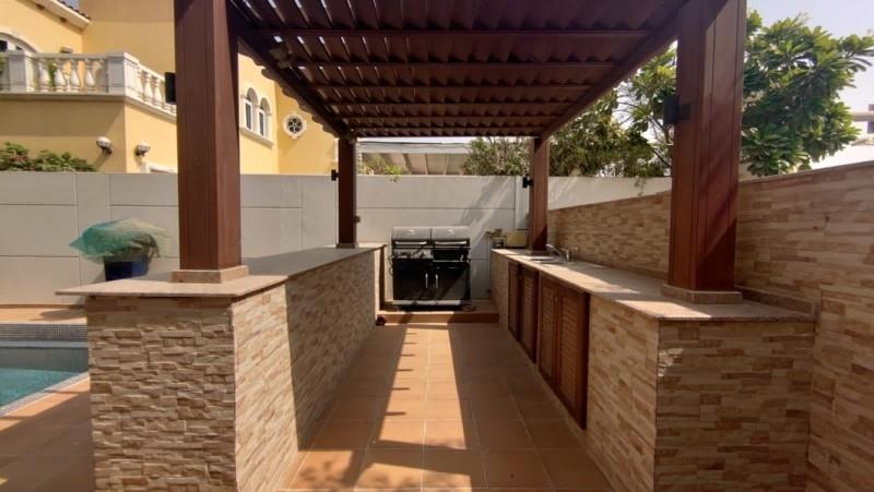 5 Bedroom Villa For Rent in  Legacy,  Jumeirah Park | 4