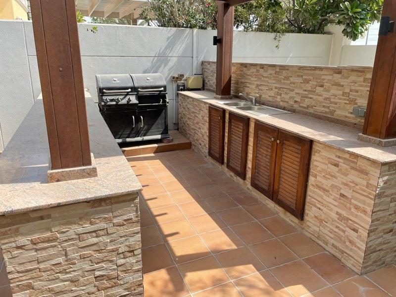 5 Bedroom Villa For Rent in  Legacy,  Jumeirah Park | 3