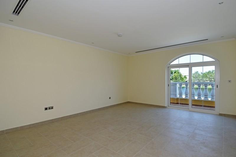 5 Bedroom Villa For Rent in  Legacy,  Jumeirah Park | 10