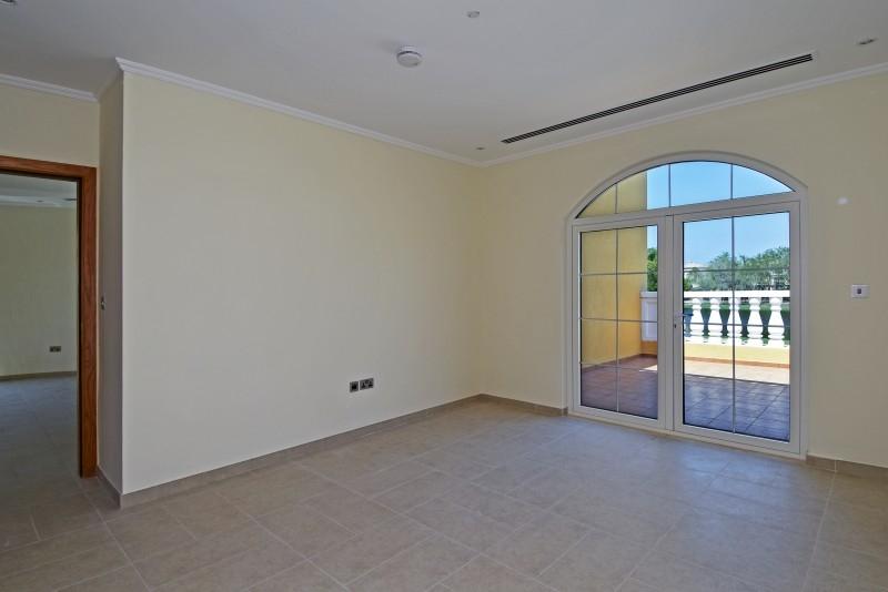 5 Bedroom Villa For Rent in  Legacy,  Jumeirah Park | 11