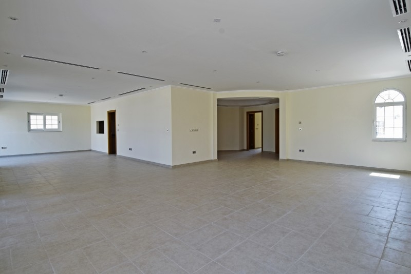 5 Bedroom Villa For Rent in  Legacy,  Jumeirah Park | 12