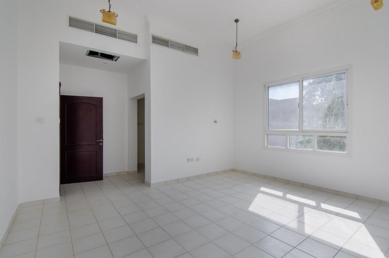 4 Bedroom Villa For Rent in  Al Barsha 2,  Al Barsha | 8
