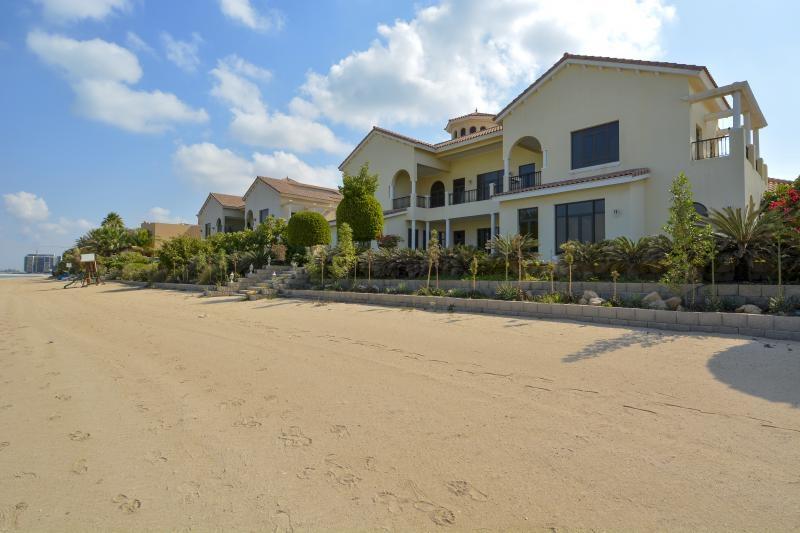 6 Bedroom Villa For Sale in  Signature Villas Frond E,  Palm Jumeirah | 13