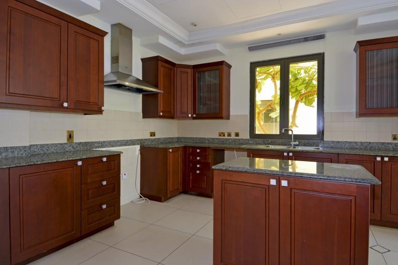 6 Bedroom Villa For Sale in  Signature Villas Frond E,  Palm Jumeirah | 8