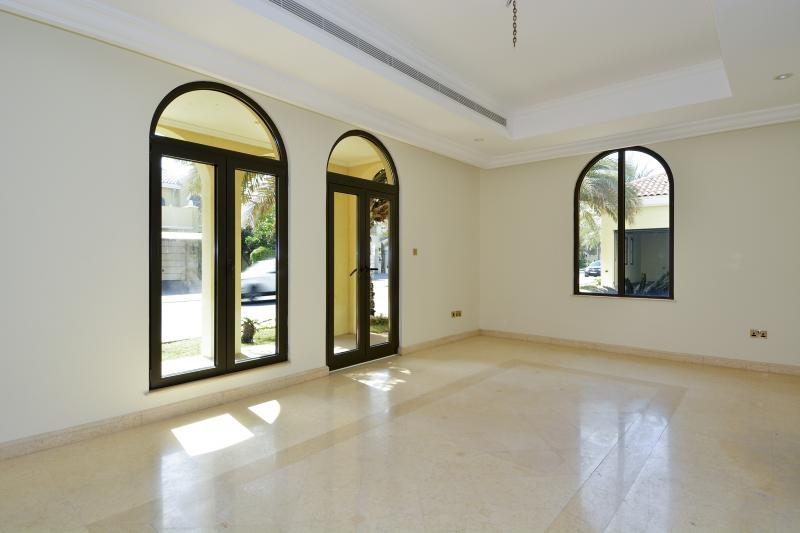 6 Bedroom Villa For Sale in  Signature Villas Frond E,  Palm Jumeirah | 14