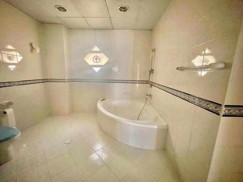 4 Bedroom Villa For Rent in  Umm Suqeim,  Umm Suqeim   13