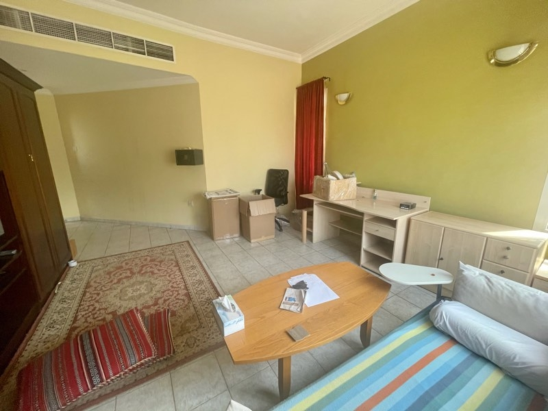 4 Bedroom Villa For Rent in  Umm Suqeim,  Umm Suqeim   9