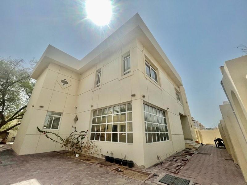 4 Bedroom Villa For Rent in  Umm Suqeim,  Umm Suqeim   1