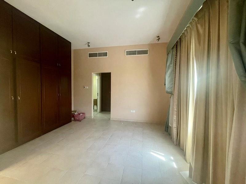 4 Bedroom Villa For Rent in  Umm Suqeim,  Umm Suqeim   17