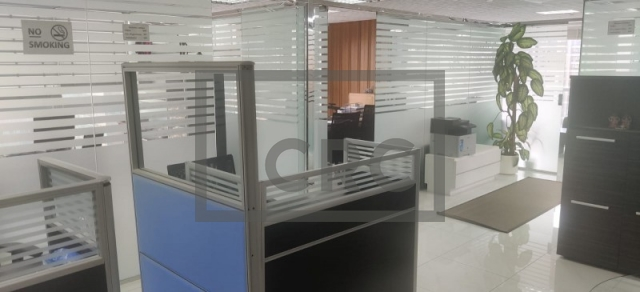 1,356 sq.ft. Office in Jumeirah Lake Towers, Jumeirah Business Centre 2 for AED 131,000