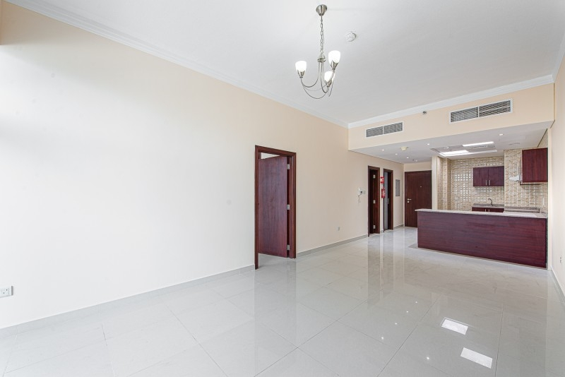 1 Bedroom Apartment For Rent in  Oasis Tower 1,  Dubai Sports City   1