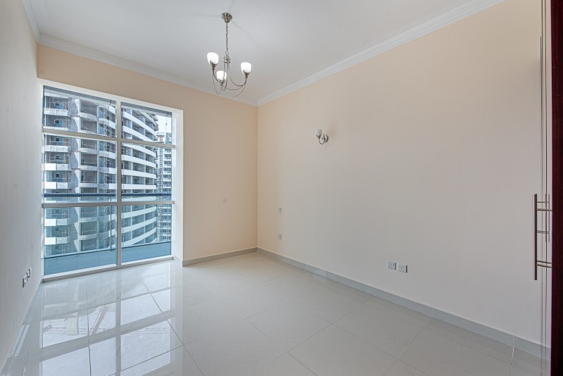 1 Bedroom Apartment For Rent in  Oasis Tower 1,  Dubai Sports City   3