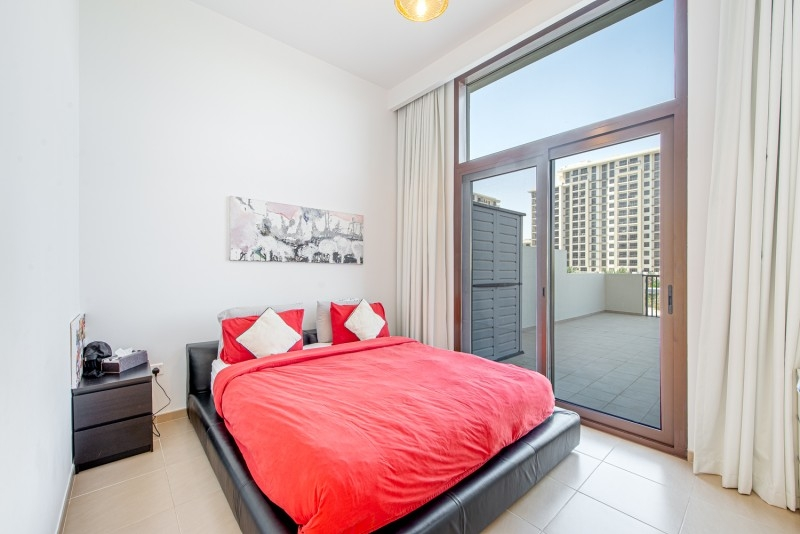 3 Bedroom Apartment For Sale in  Jenna Main Square (OP),  Town Square | 4