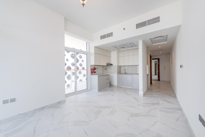 2 Bedroom Apartment For Rent in  Millennium Binghatti,  Business Bay   5