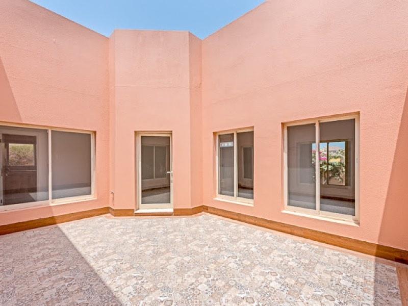 3 Bedroom Villa For Rent in  Umm Suqeim 3,  Umm Suqeim   11