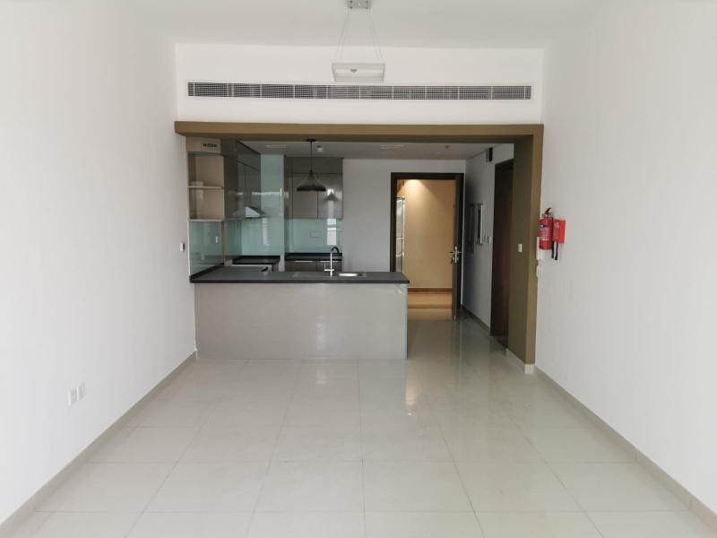 1 Bedroom Apartment For Rent in  Croesus,  Majan   9