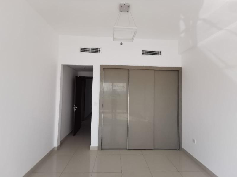 1 Bedroom Apartment For Rent in  Croesus,  Majan   5