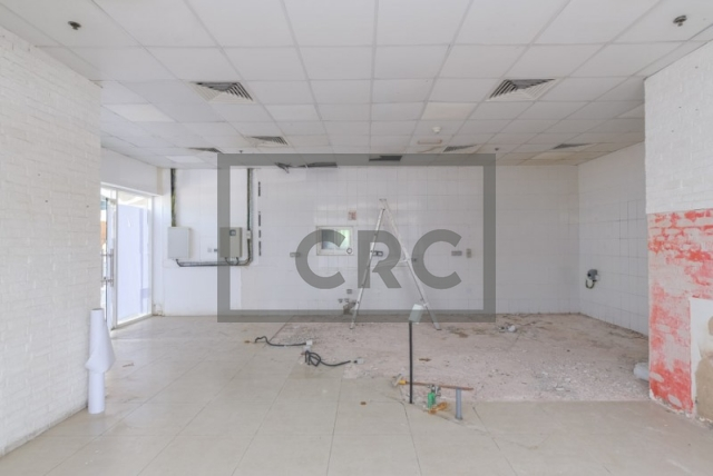 809 sq.ft. Retail in Jumeirah Lake Towers, Reef Tower for AED 120,000