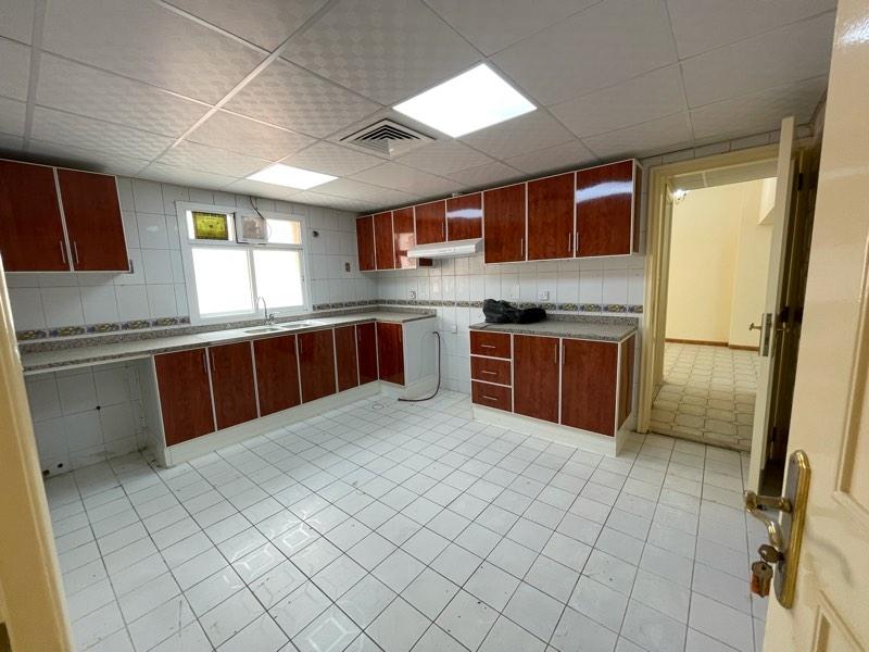 4 Bedroom Villa For Rent in  Hor Al Anz,  Deira | 3