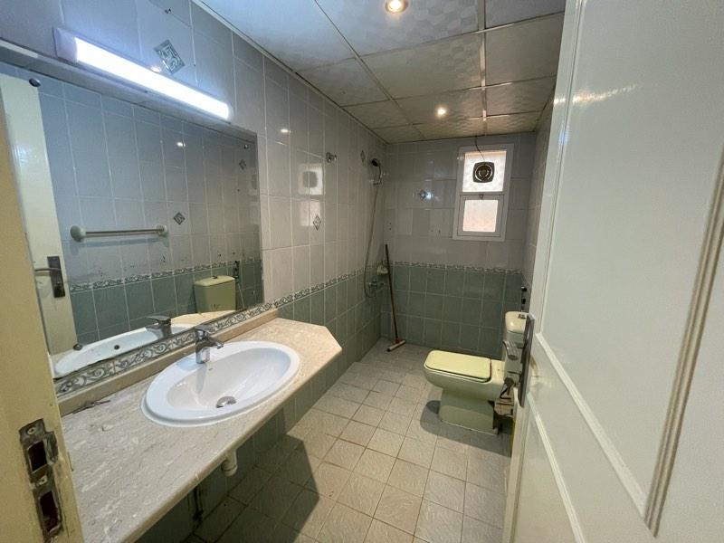 4 Bedroom Villa For Rent in  Hor Al Anz,  Deira | 5