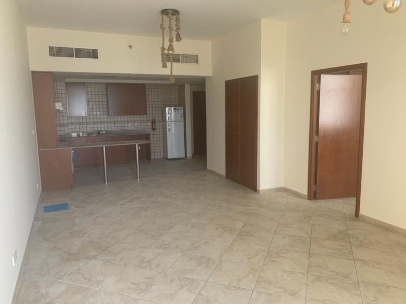 1 Bedroom Apartment For Rent in  Fox Hill 7,  Motor City | 6