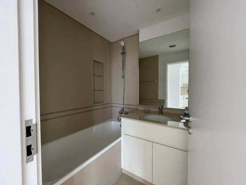 1 Bedroom Apartment For Rent in  Hayat Boulevard,  Town Square   6
