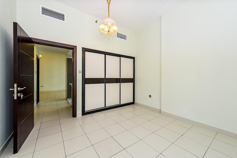 2 Bedroom Apartment For Sale in  Glitz 3,  Dubai Studio City   4