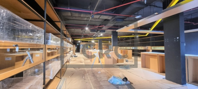 shops & retail spaces for rent in al safa 2