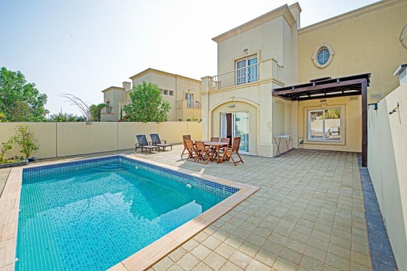 3 Bedroom Villa For Rent in  Springs 6,  The Springs | 24
