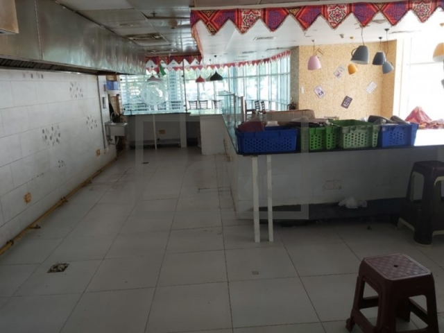 retail for rent in deira, dubai national insurance | 3