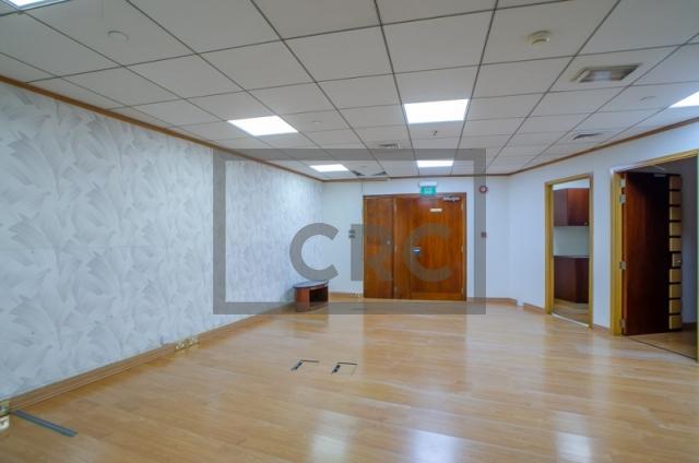 office for rent in deira, baniyas road   4