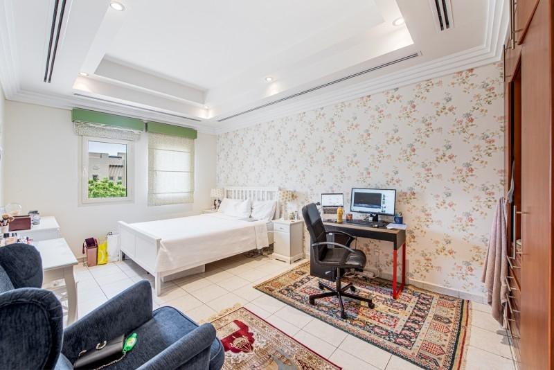 6 Bedroom Villa For Sale in  Meadows 8,  Meadows | 13
