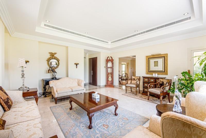6 Bedroom Villa For Sale in  Meadows 8,  Meadows | 5