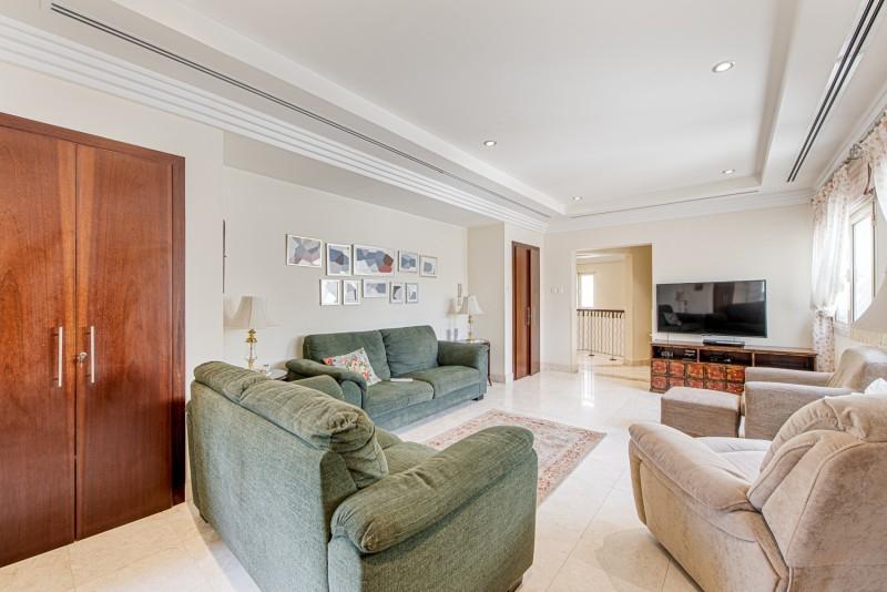 6 Bedroom Villa For Sale in  Meadows 8,  Meadows | 12