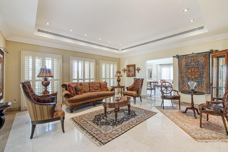 6 Bedroom Villa For Sale in  Meadows 8,  Meadows | 4