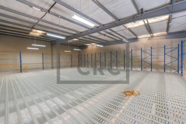 semi-furnished warehouse for sale in dubai investment park, dubai investment park 2 | 32