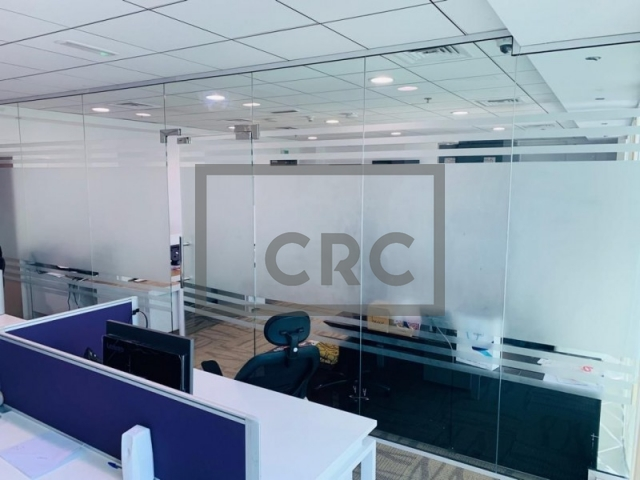 975 sq.ft. Office in Business Bay, The Burlington for AED 112,240