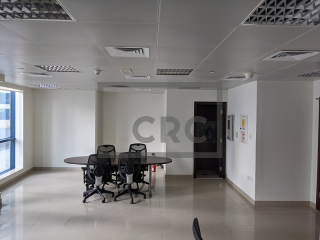 601 sq.ft. Office in Jumeirah Lake Towers, Jumeirah Bay X2 for AED 47,800
