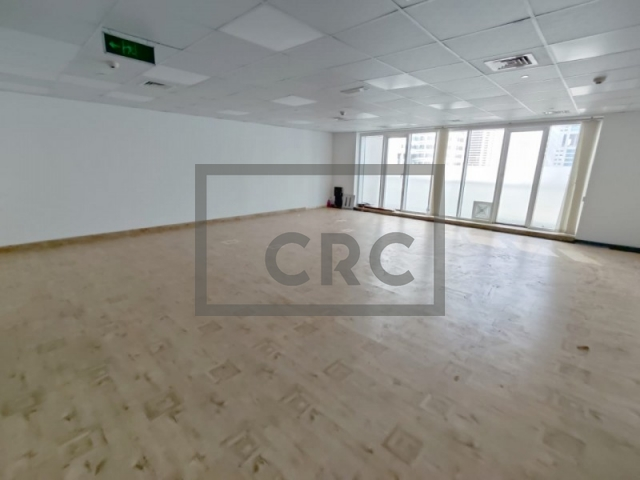 828 sq.ft. Office in Jumeirah Lake Towers, Palladium for AED 660,000