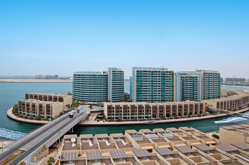 2 Bedroom Apartment For Rent in  Al Nada 2,  Al Raha Beach   0