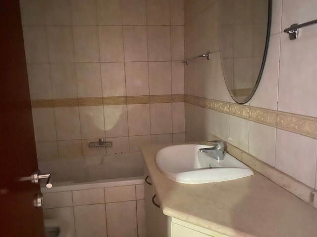 Studio Apartment For Rent in  Courtyard Apartments 2,  Mirdif   6