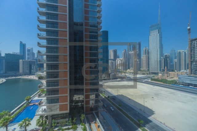 furnished office for sale in business bay, lake central | 14
