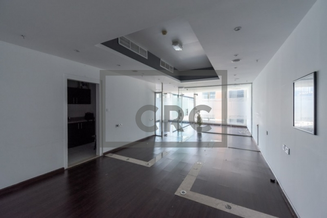 furnished office for sale in business bay, lake central | 7