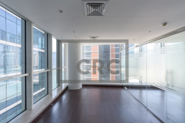 furnished office for sale in business bay, lake central | 11