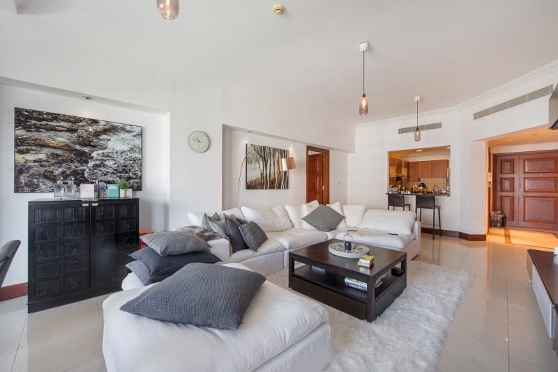 2 Bedroom Apartment For Sale in  Golden Mile 4,  Palm Jumeirah   1