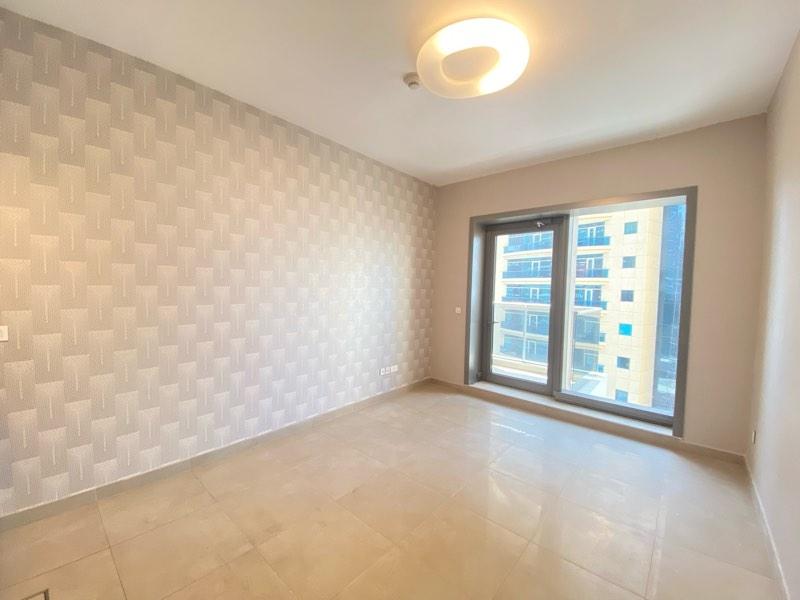 Studio Apartment For Rent in  Sparkle Tower 2,  Dubai Marina   0