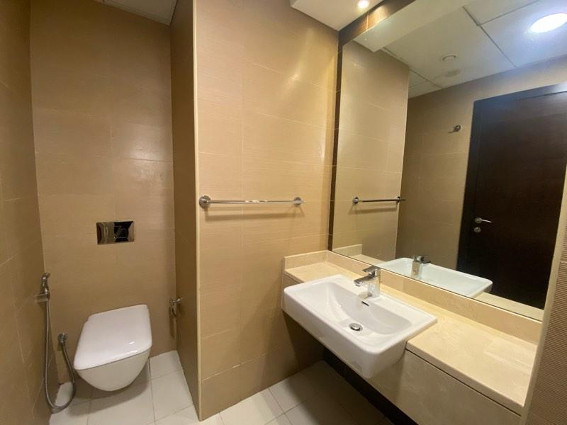 Studio Apartment For Rent in  Sparkle Tower 2,  Dubai Marina   7
